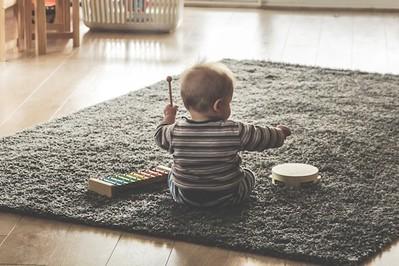 Prezenty pod choinkę dla dzieci: sprawdź czy są bezpieczne